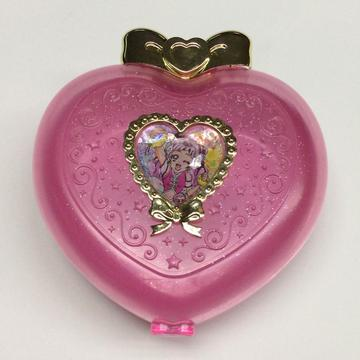 Plastic heart shaped gift boxes