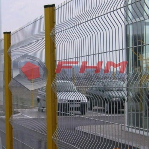 Green 3D Vinyl Coated Perimeter Security Fence