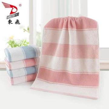 low twist dyed yarn towel