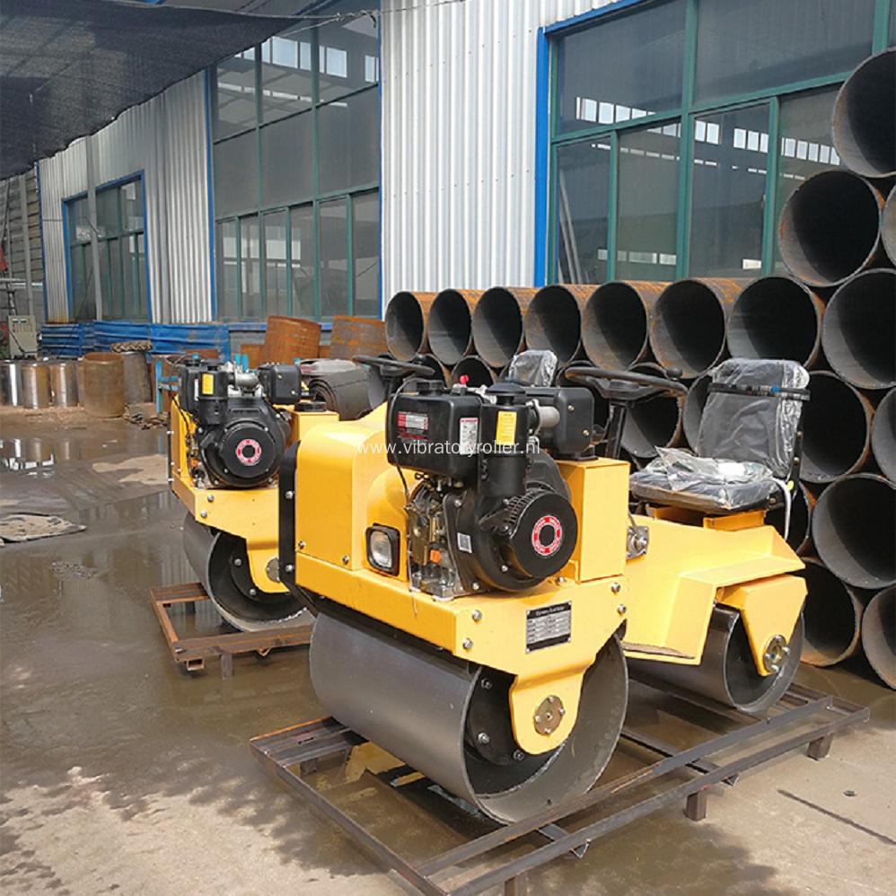 Small Two Wheel Compaction Roller With Hydrostatic System