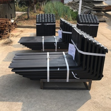 loading 2.5 ton forklift fork with extensions