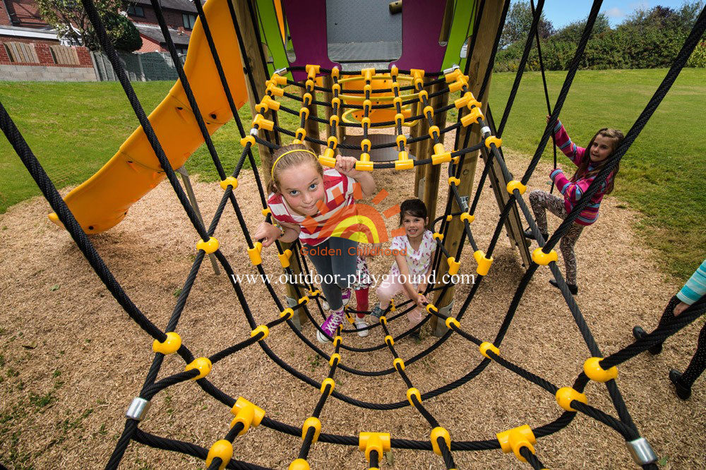 outdoor play structure inclined net park