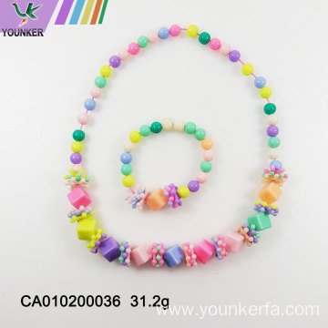New candy beads with cube beads flower necklace