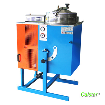 Cyclohexane solvent recovery machine
