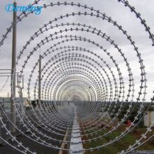 BTO-22 960mm Diameter Galvanized Military Concertina Razor Barbed Wire
