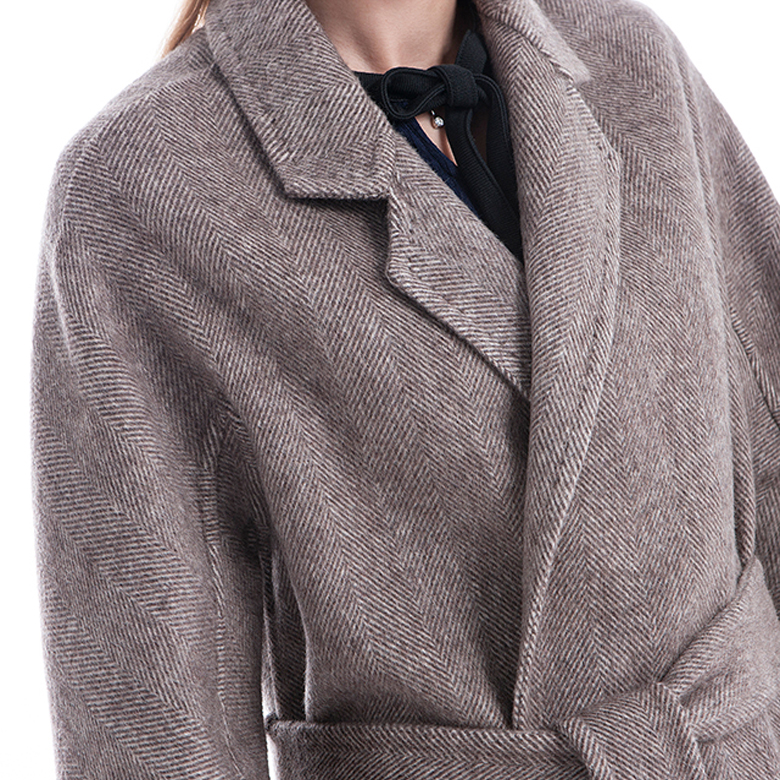 Lady's winter cashmere coat with belt