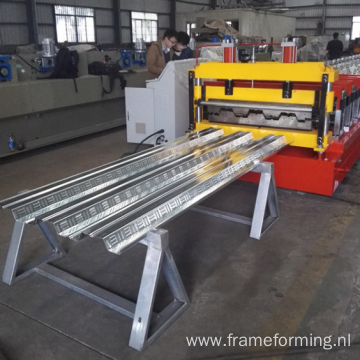 Roof construction floor deck roll forming machine