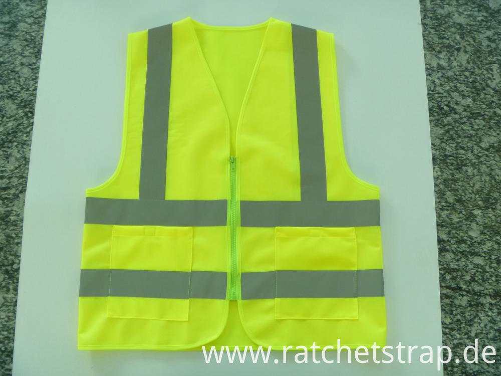Front of reflective vest zipper type