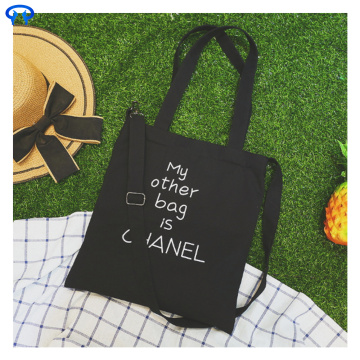 Fashionable canvas bag with zipper