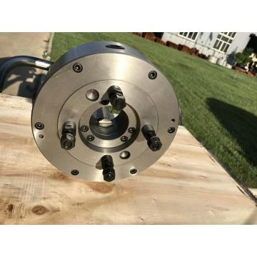 Three jaw self-centring short Taper chucks