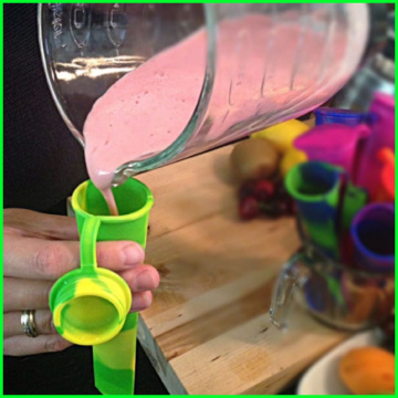 Custom Silicone Ice Cube Tray with Attached Lid