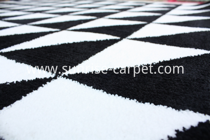 Microfiber with Triangle Design