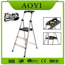 ALUMINUM HIGH QUALITY LADDER WITH BLACK TRAY
