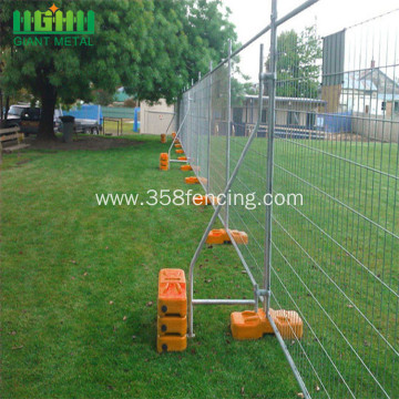 galvanized crowd control barriers fence
