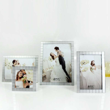 Cheap Silver Acrylic Picture Frames Stand