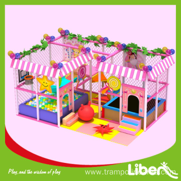 Indoor playground structure equipment set