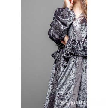 Ensemble pyjama en satin gris