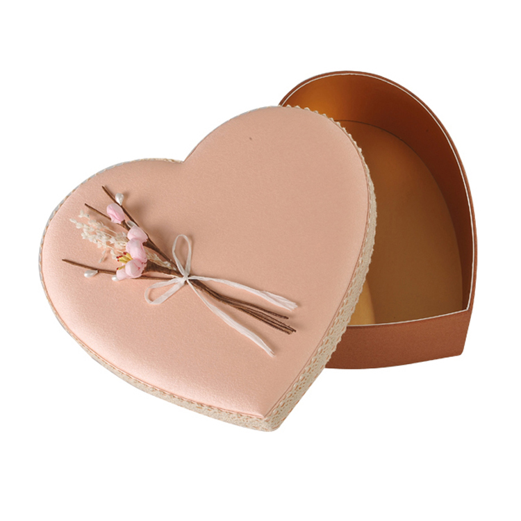Heart Shaped Florist Packing Gift Box For Birthday