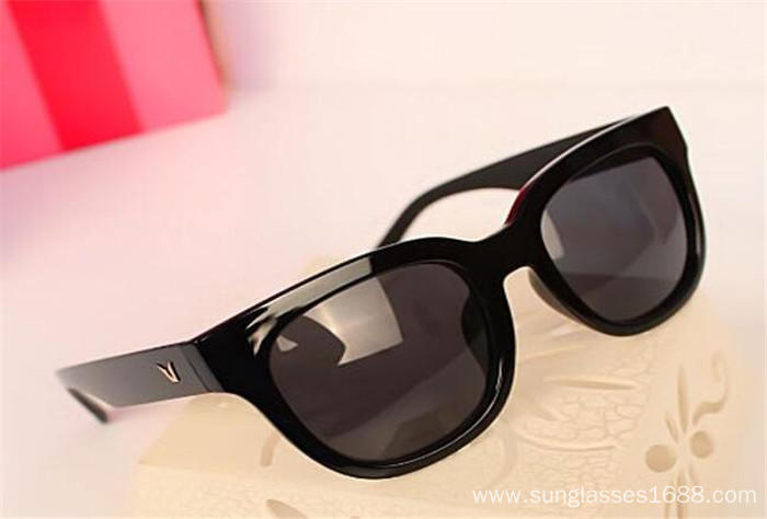 Sunglasses UV400 Protection Antireflection Black Ornamental