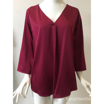 solid polyester blouse in color fuxia