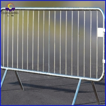 retractable concert pedestrian  crow control barrier fence