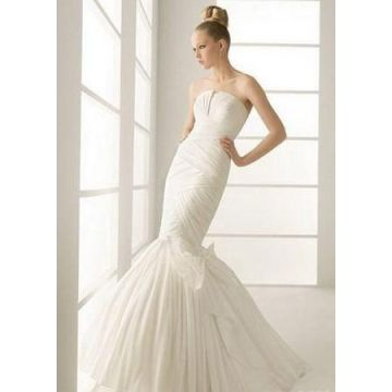 White Strapless Wedding Dress