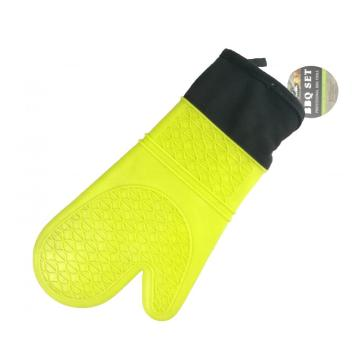 Yellow patterned silicone oven gloves