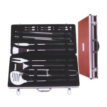 New Arrival China for Wooden Handle Bbq Tools Set 18pc golf bbq tool set with corn holder export to Netherlands Manufacturer