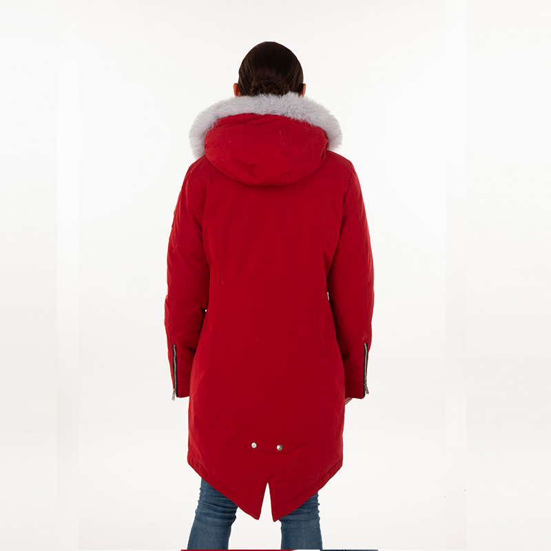 Single-breasted red down jacket