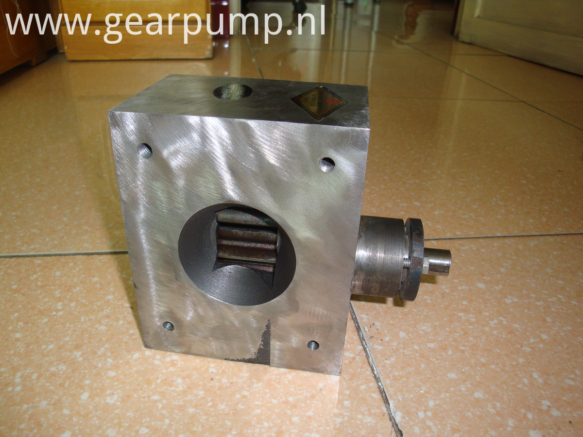 glue gear pump
