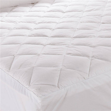 Microfiber Down Alternative Quilted Mattress Topper