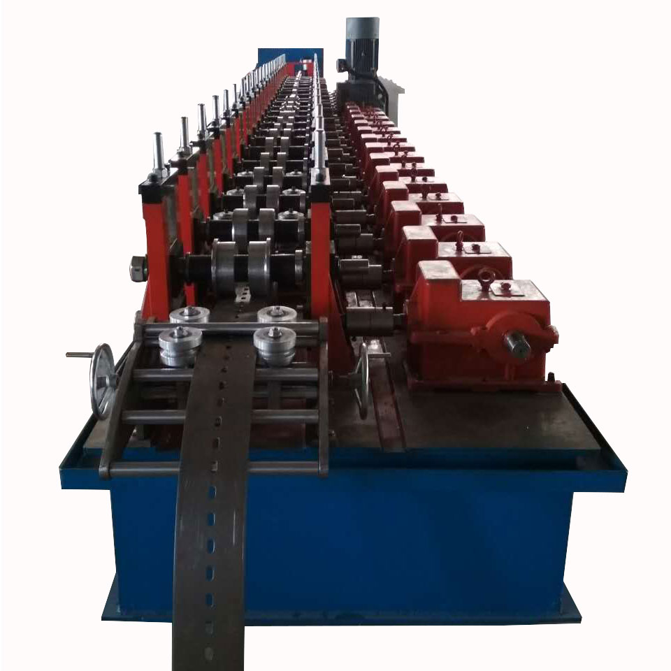 Factory Galvanized Slotted Strut C Channel Machine