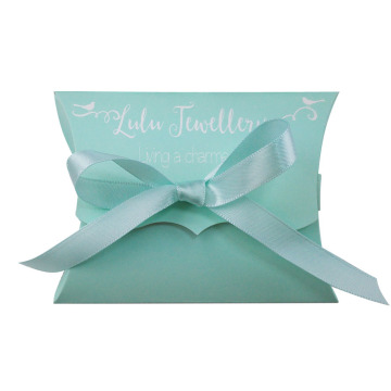Small pillow paper box with ribbon