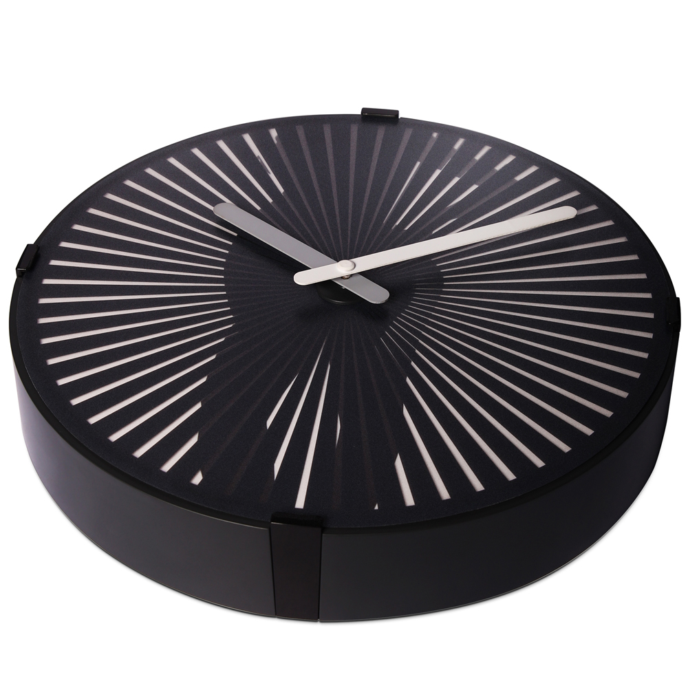 glow in the wall clock