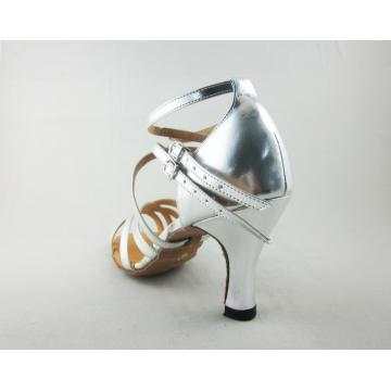 Shoes for latin dancing