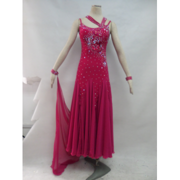 Ballroom dress with sleeves