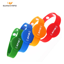 NTAG® 216 RFID PVC Wristband Closed-loop Bracelet