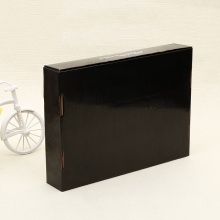 Customized corrugated shipping box