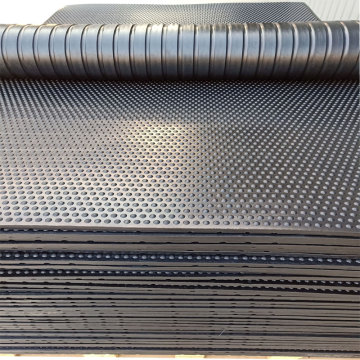 Horse Mats Plus rubber matting