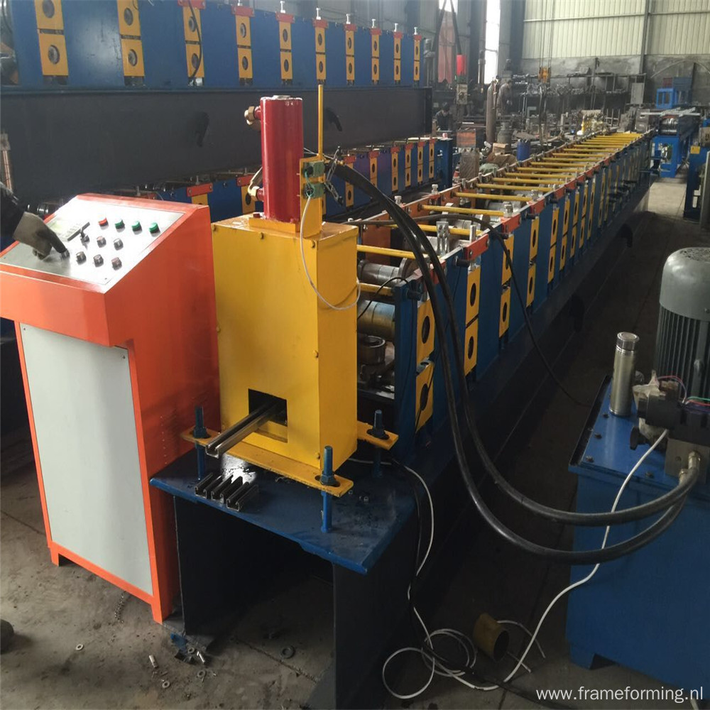 Photovoltaic stents roll forming machine