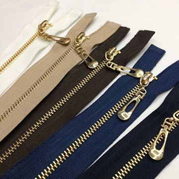 Discounts golden brass zippers for merchandise