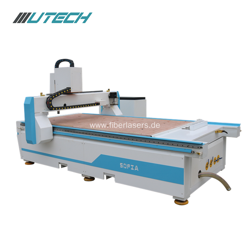 Atc Cnc Router with 4 linear change tools