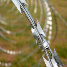 Stainless Steel Finish Concertina Razor Barbed Wire