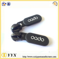Design 2d 3d rubber puller logo for zippers
