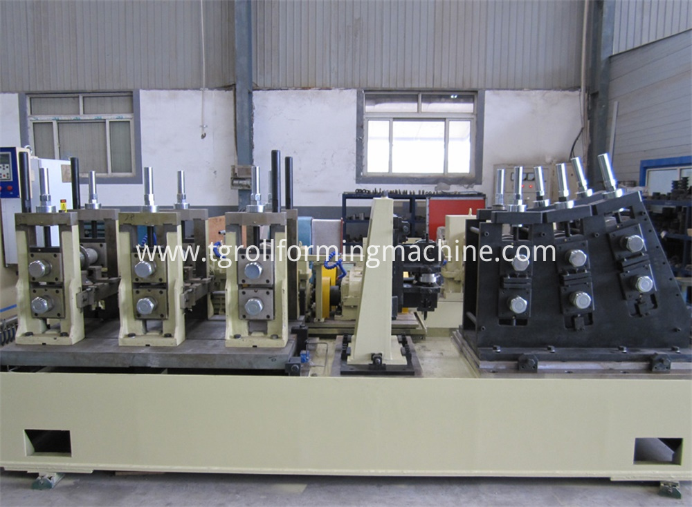 Car Anticollision Beam Forming Equipment