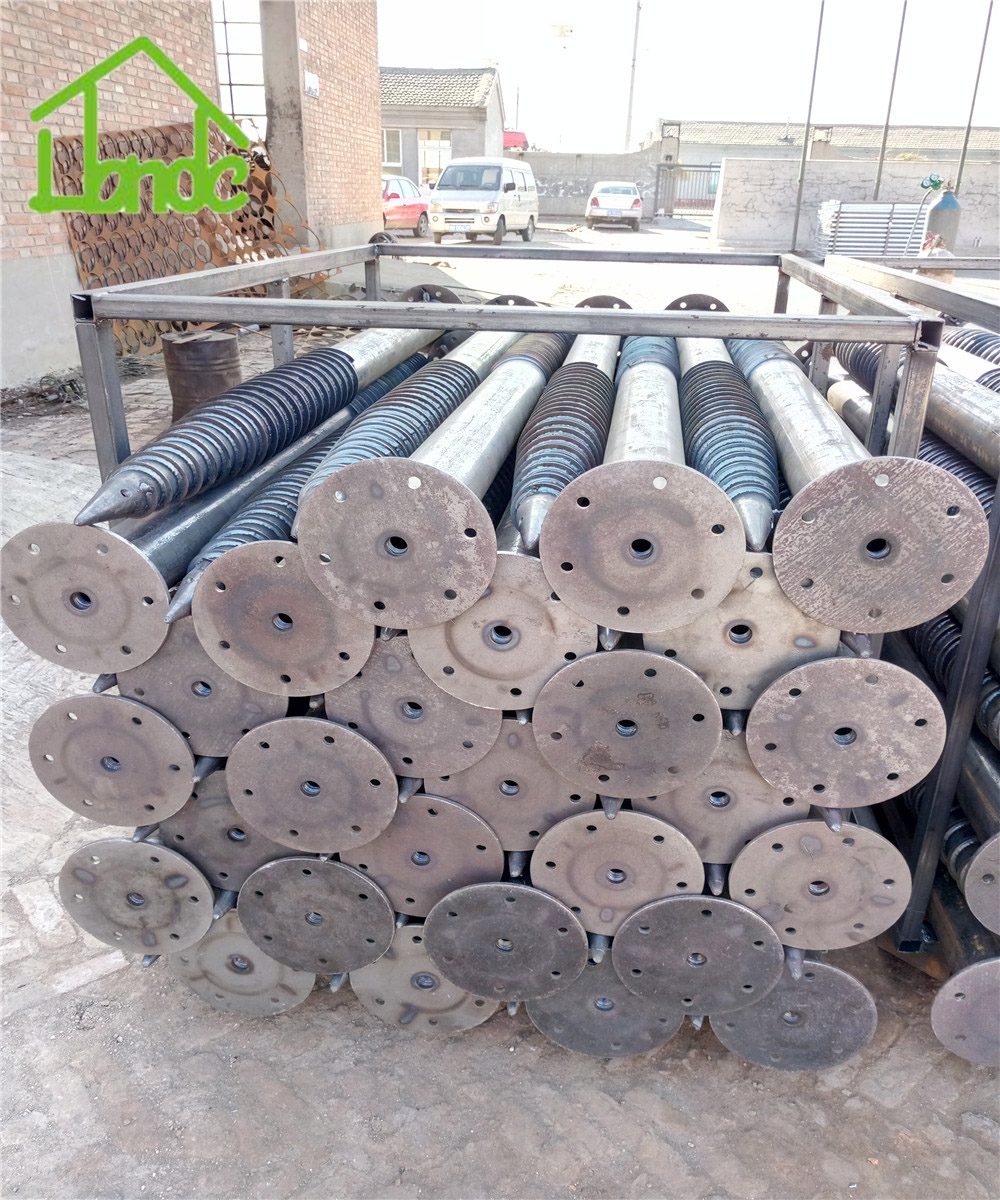 Solar ground screw pile for solar panel structure