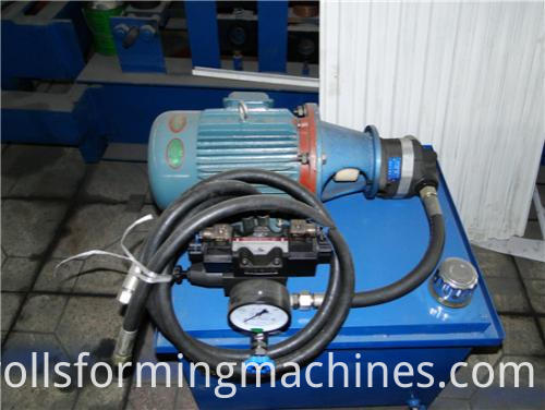 Automatic Hurricane Aluminum Roller Shutter Machine--hydraulic station