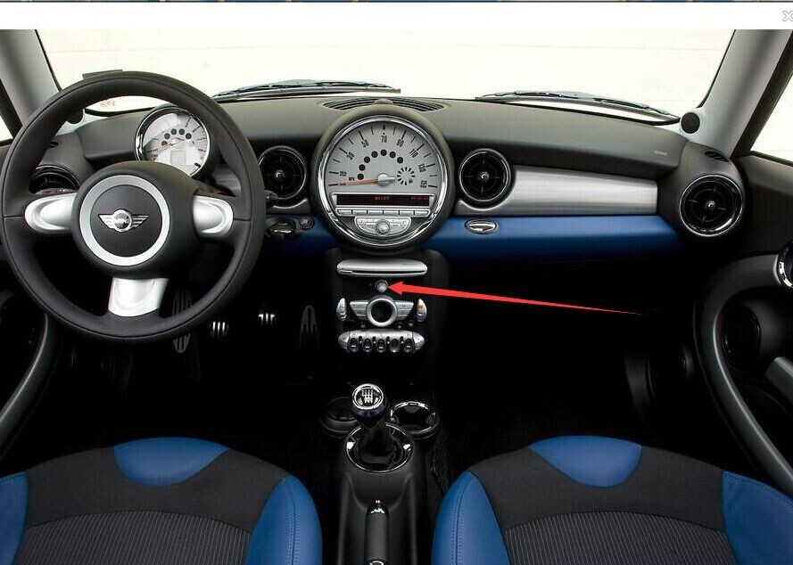 Original Mini Cooper with CD knob