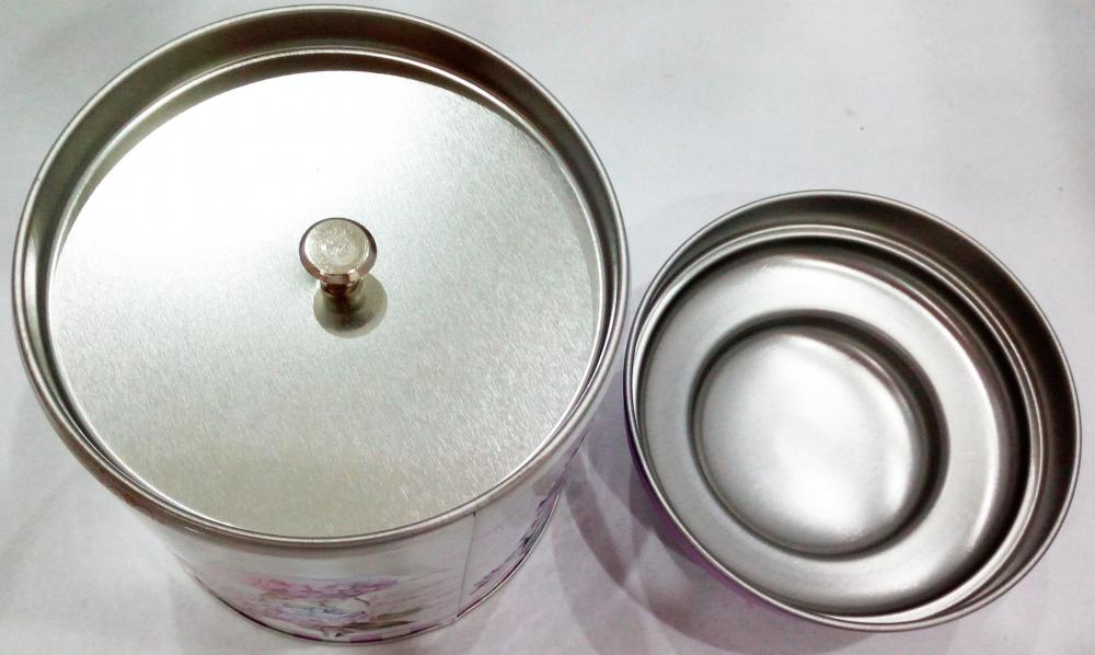 Metal  Tea Tin Can