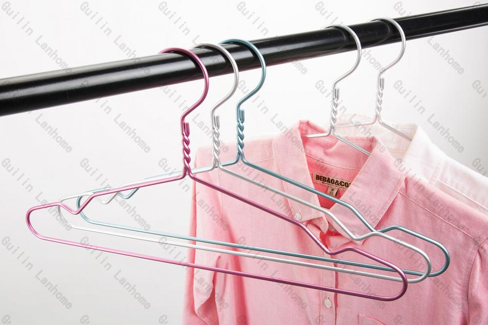 Lanhome Classic Fashion Aluminum Hanger For Adults Garments
